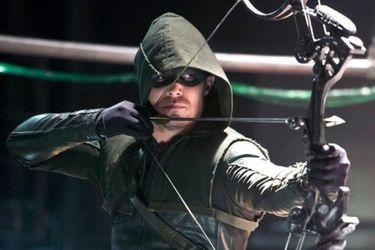 """Stephen Amell cree que revivir Arrow como una serie limitada sería """"increíble"""""""