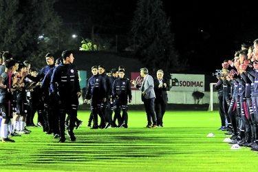 La generación amenazada del fútbol chileno
