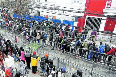 Gobierno evalúa recurrir al TC tras cambio a Ley de Migración en el Congreso