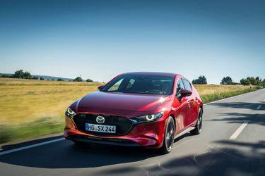 Mazda3-Skyactiv-X_Action_8