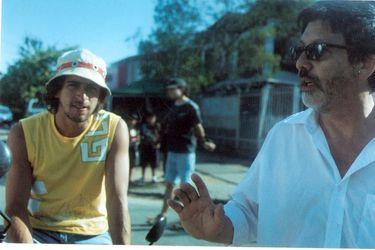 Llegan al streaming las películas de Cristián Sánchez, el cineasta de la chilenidad surrealista