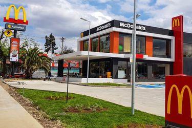 Arcos Dorados inaugura restaurante sustentable en Santiago