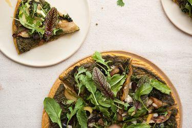 Aprende a hacer una rica y saludable pizza verde con masa de quínoa y camote
