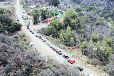 Aumentan control  en ruta a Farellones: han subido más de mil vehículos
