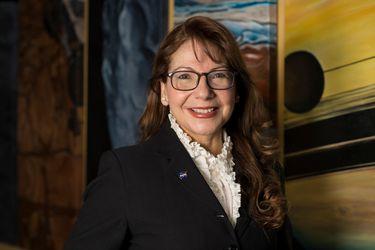 Latinas en la Nasa: Astro UC y la Embajada de EE.UU en Chile te invitan a conocer historias de mujeres trabajando en ciencias del espacio