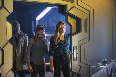 La Waverider es un caos en el nuevo avance de Legends of Tomorrow