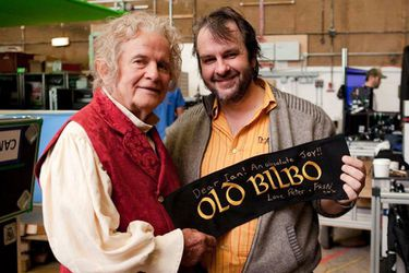 "Peter Jackson se despidió de Ian Holm: ""Adiós, querido Bilbo. Buen viaje, querido Ian"""