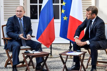 Macron Putin (1)