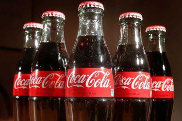 Gaseosas y aguas impulsan ganancias semestrales de Coca-Cola Andina