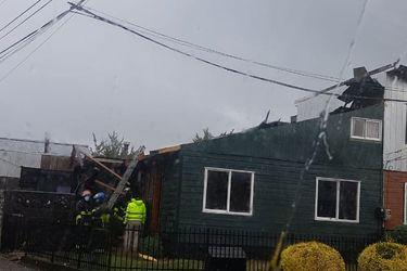 Fenómeno meteorológico genera daños en techumbres de viviendas en Llanquihue