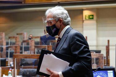 La gestión del secretario del Senado, Raúl Guzmán, con la que podría acudir al TC y buscar paralizar su formalización por infringir cuarentena