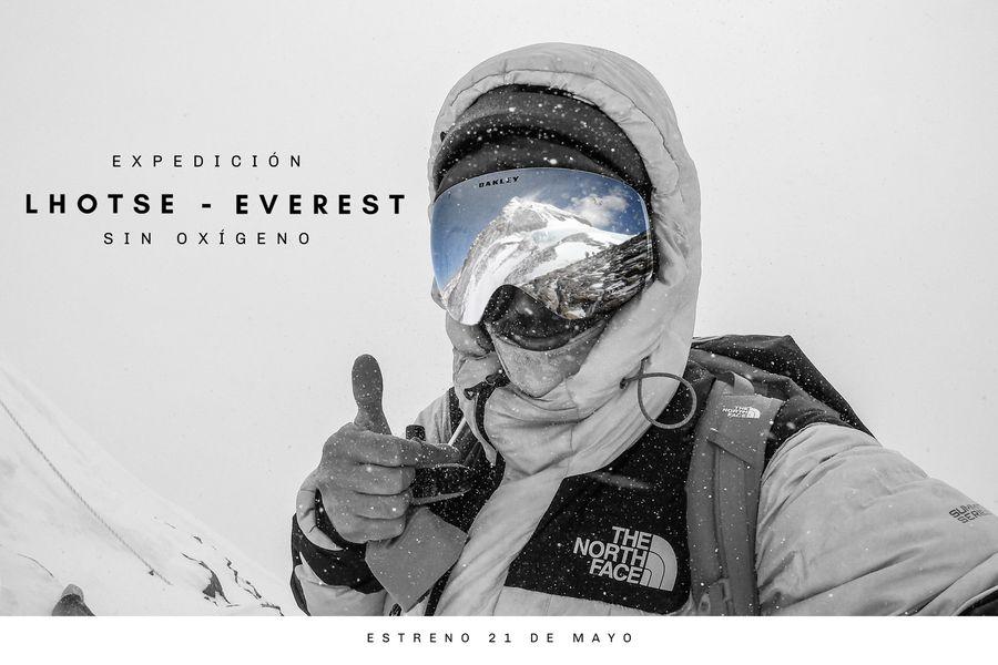 El afiche de Lhotse-Everest, la película que muestra una de las hazañas de Juan Pablo Mohr.