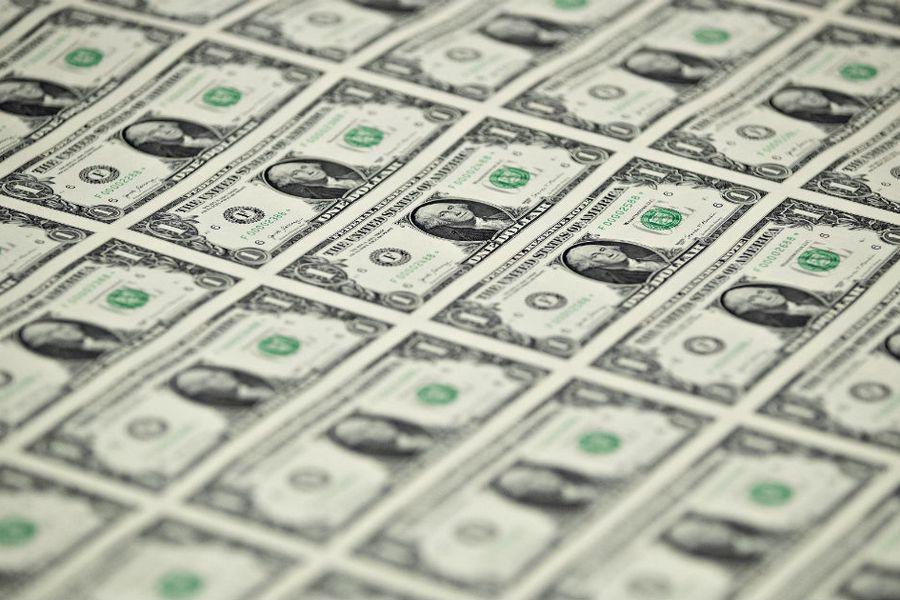 Dólar cerró a la baja y el peso chileno se convirtió en la moneda más apreciada entre las emergentes en el tercer trimestre
