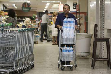 Río de Janeiro: Agua turbia y con sabor a tierra inquieta a cariocas