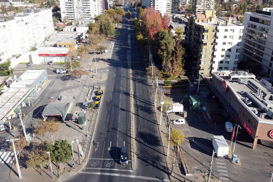 Cuarentena en Santiago, en el sector Los Domínicos. Foto referencial.