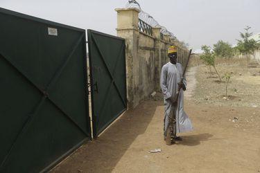 """Naciones Unidas pide la liberación """"inmediata"""" de las más de 300 niñas secuestradas en Nigeria"""