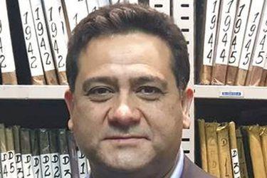 """""""Ejerceré mi derecho a defensa"""": director de Registro Civil rebate apertura de causa por polémica licitación con consorcio chino"""