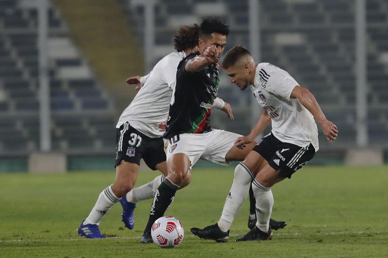 Leonardo Gil, durante el partido entre Palestino y Colo Colo. FOTO: Agencia Uno.