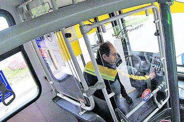 Los accidentes camino al trabajo pueden ocurrir en el transporte público. Foto: archivo (referencial)