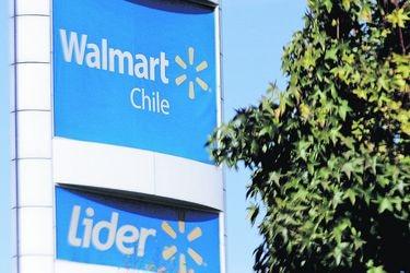 """Walmart vs SII: la disputa por la devolución de $4.814 millones pagados en """"exceso"""" de IVA tras histórica fusión de sociedades"""