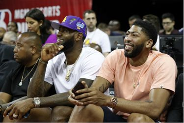 Los Lakers oficializan a Anthony Davis, Danny Green y DeMarcus Cousins