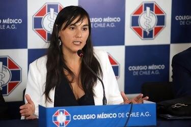 """Presidenta del Colegio Médico por plebiscito: """"Si los chilenos hacemos un proceso ordenado, no deberíamos tener aumento de casos"""""""