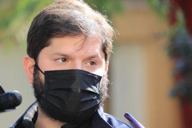 """Boric arremete contra el Servel por rechazo de candidaturas parlamentarias: """"Espero no trate de eliminar a gente por secretaría"""""""