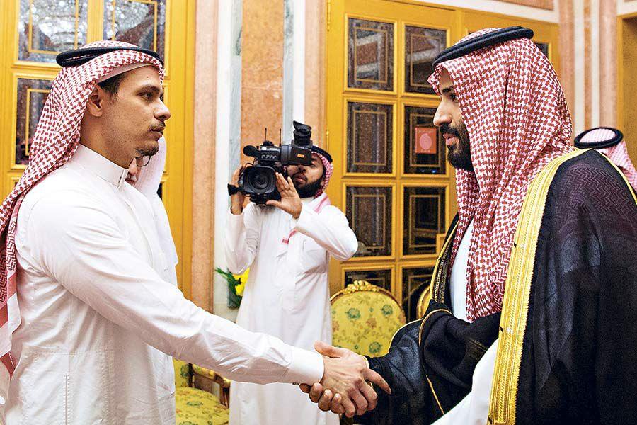 Rey-y-príncipe-saudí-reciben-a-familiares-d-(43434423)