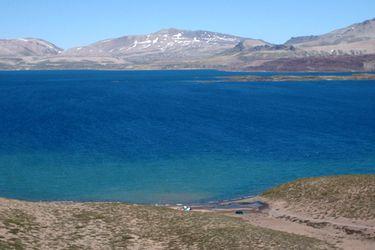 Sernageomin decreta Alerta Amarilla para complejo volcánico Laguna del Maule