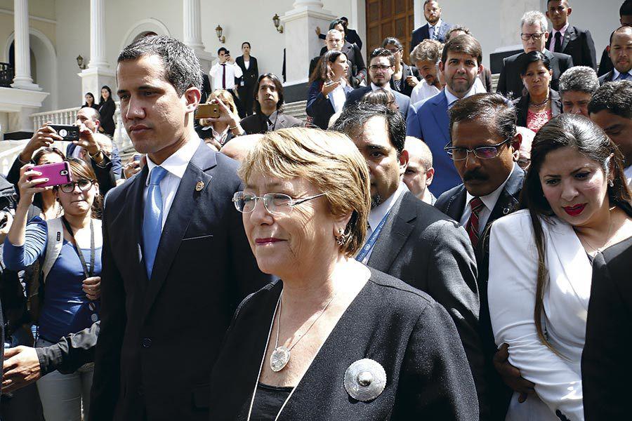 Michelle-Bachelet--se-reune-con-Juan-Guaido-(45952143)