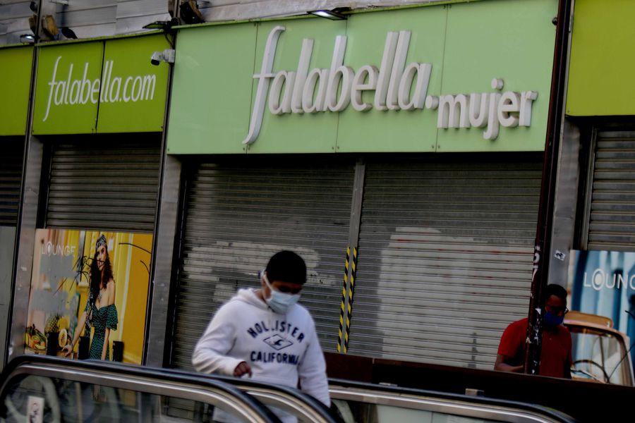 ¿Adiós Argentina? Falabella estaría buscando un socio estratégico para abandonar el vecino país