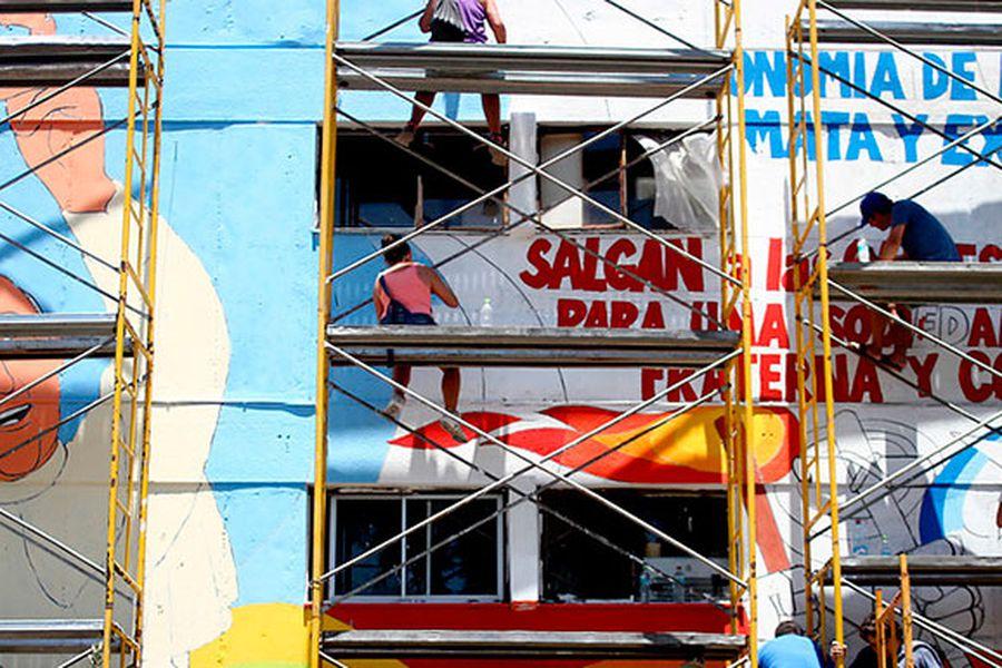 mural-papa-villa-francia-1