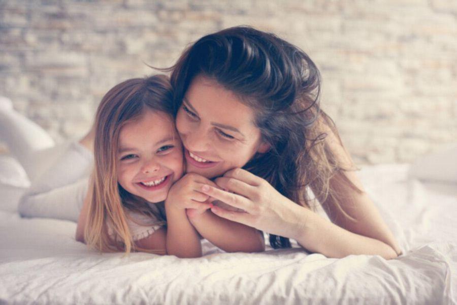 madre-e-hija-felices