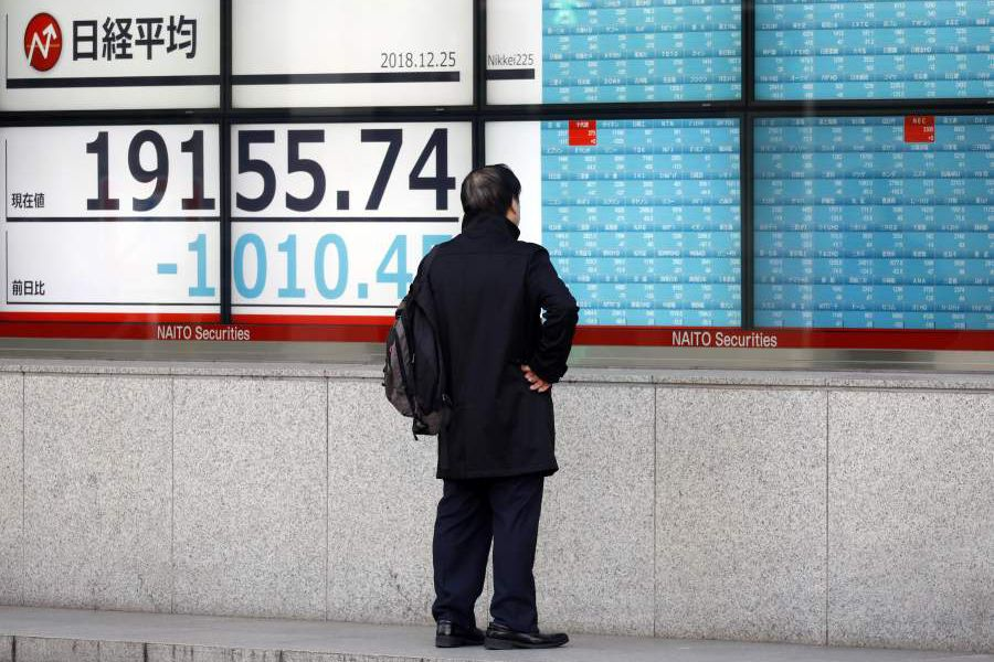 Nikkei 225 Stock Average plunges below 20,000 mark losing more than 5 percent