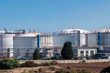 Gasco y Copec concretan venta de terminal de importación de gas licuado Gasmar