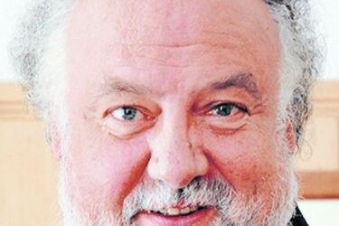 """Marcos Vergara, director Instituto de Neurocirugía: """"Listas de espera son el gran problema del sistema de salud"""""""