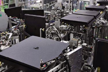 Casi sin empleados fábrica de Sony tarda sólo 30 segundos en armar una PS4