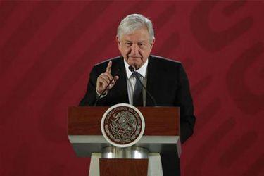Así fue el apagón en plena conferencia del presidente de México
