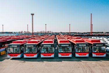 Avanza el proceso para el ingreso de 2.000 buses de alto estándar a la Región Metropolitana