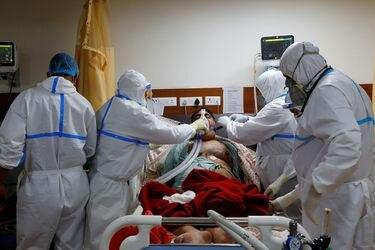 India supera los cinco millones de casos de Covid-19