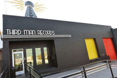 Jack White y la fábrica de discos de chocolate: un paseo por la disquería del líder de Raconteurs