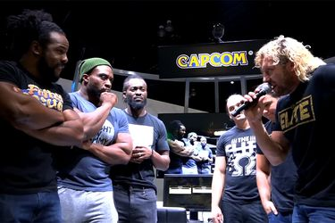 El acalorado duelo de Street Fighter que enfrentó a The New Day y The Elite