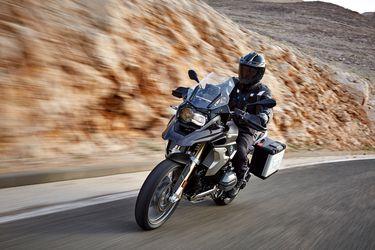BMW Motorrad estrena programa en redes sociales