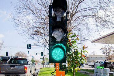 La empresa que tuvo luz verde para dominar el mercado de los semáforos