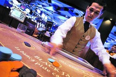 Casinos anuncian demandas contra el Estado ante tribunales internacionales tras apertura de proceso de licitación