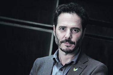 """Hernán Larraín Matte  Presidente de Evópoli: """"El objetivo de proyectarnos está en jaque"""""""