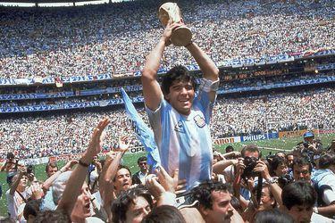 """Martín Caparrós: """"No tenemos nadie mejor que Maradona a quien querer"""""""