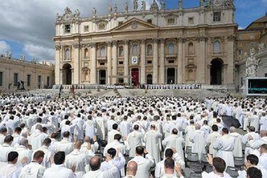 Nuevas denuncias en escándalo de abusos sexuales en seminario del Vaticano