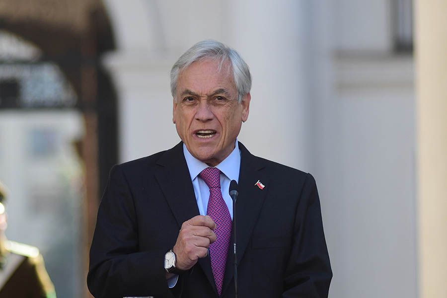El presidente Sebastian Piñera acepta la renuncia del Ministro de Cultura