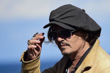 """""""No es el momento"""": directoras cuestionan premio a Johnny Depp en Festival de San Sebastián"""